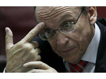 Paraguay: Analizan nombrar a más de 1.000 funcionarios públicos
