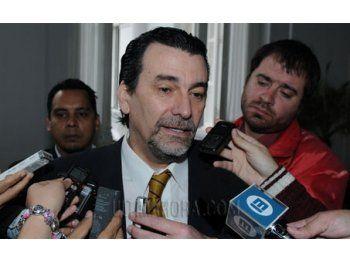 http://media.ultimahora.com/adjuntos/161/imagenes/005/560/0005560648.jpg
