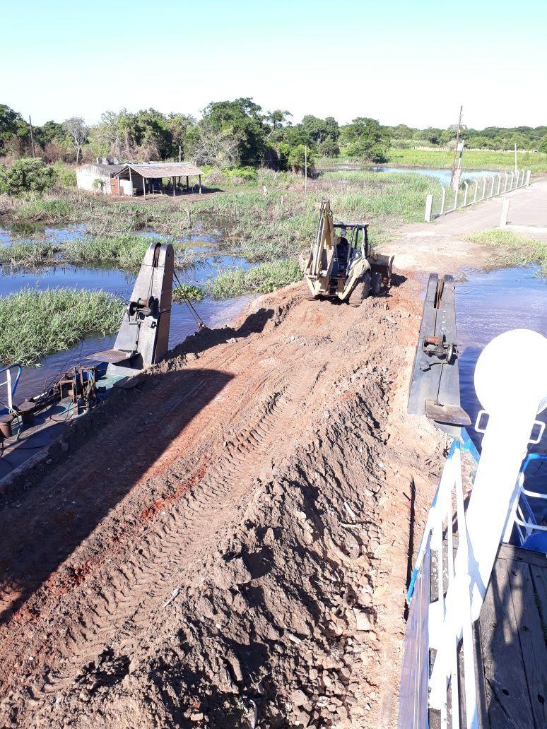 Reanudan servicio de balsa entre Pilar y Puerto Cano