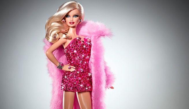 Barbie, más allá del universo rosa