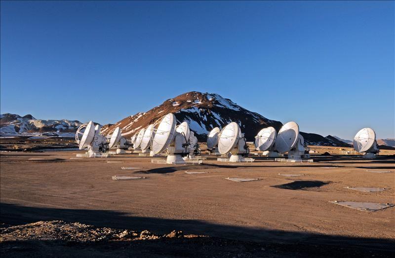 Resultado de imagen de Fotografía cedida del observatorio astronómico de Paranal