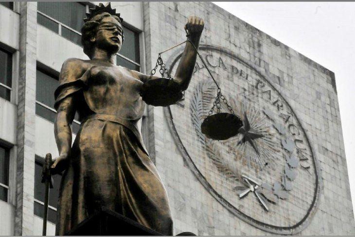 Parte de la fachada del Palacio de Justicia en Asunción. Foto: Archivo.