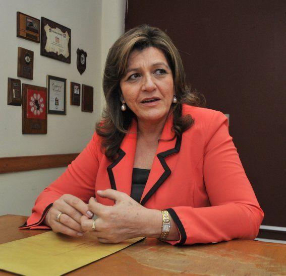 Blanca Ovelar prefirió no profundizar su opinión sobre la posible designación de Petta en el MEC.