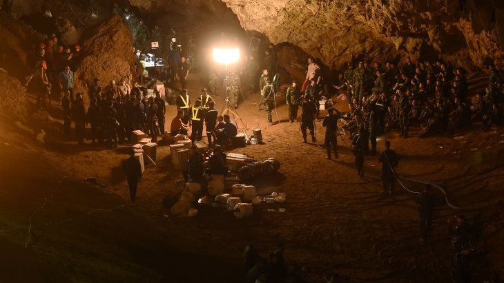 Este domingo iniciaron el rescate de los niños atrapados en una cueva de Tailandia.