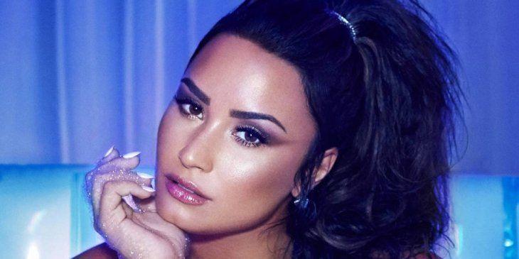 Demi Lovato es ingresada por una
