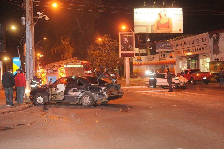 Los vehículo quedaron severamente dañados