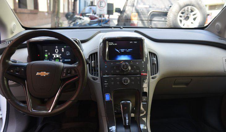 Los autos eléctricos no necesitan mantenimiento, como los de combustión. Humberto Galleano contó que su coche se mantiene en perfectas condiciones.