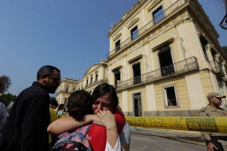 Incendio consume el Museo Nacional de Brasil; tenía 200 años de antigüedad