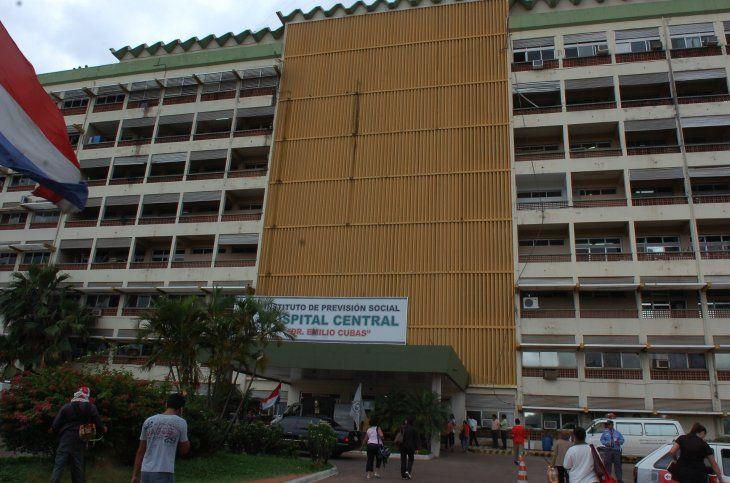 Fachada del Hospital Central del IPS. | Foto: Archivo ÚH.