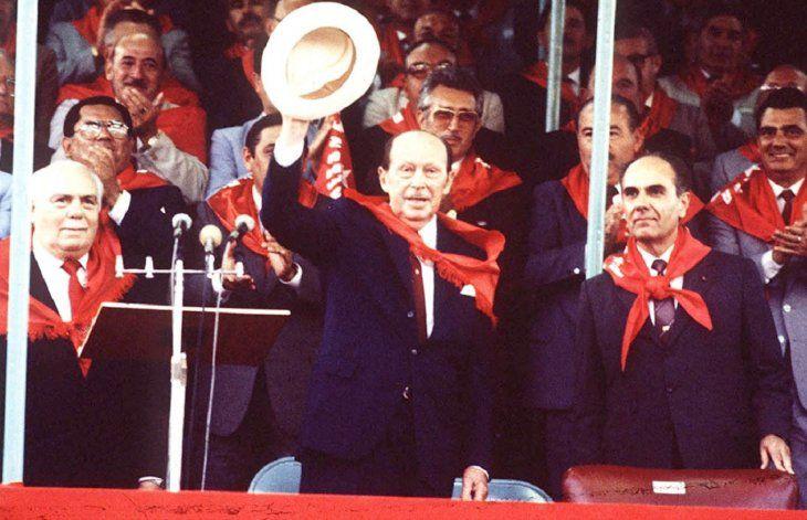 Dictador.  El general Stroessner gobernó con mano de hierro al Paraguay durante 35 años.