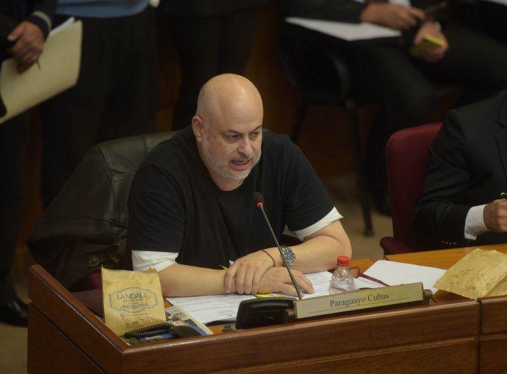 El pedido de suspensión del senador Paraguayo Cubas pasó a comisiones para su estudio.