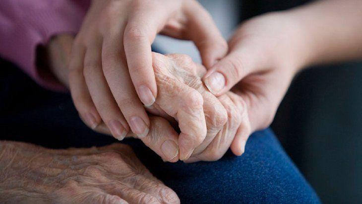 Una de cada dos mujeres probablemente desarrollarán demencia