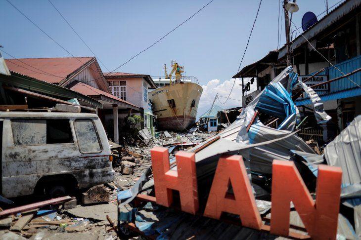 La cifra de muertos en Indonesia asciende a 1.203