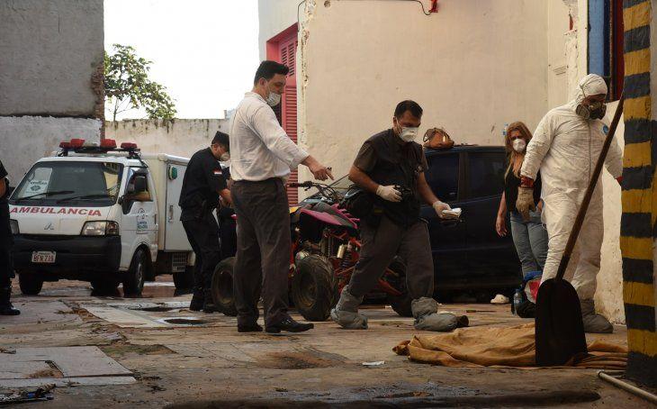 Los cadáveres fueron hallados en una vivienda en el microcentro de Asunción.