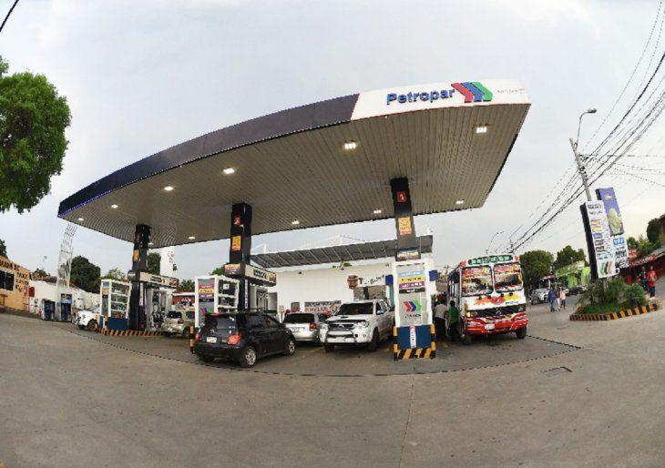 Auditoría. El bicicleteo millonario de deudas de operadores de la estatal Petropar está en la casilla de irregularidades.