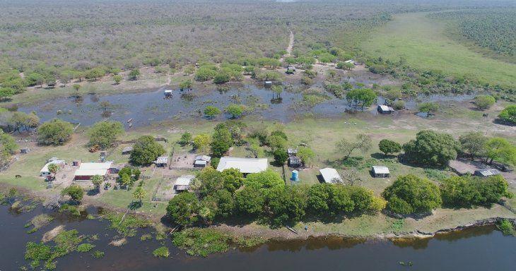 Las dimensiones de Karcha Bahlut son de 10.500 hectáreas y gran parte está inundada.