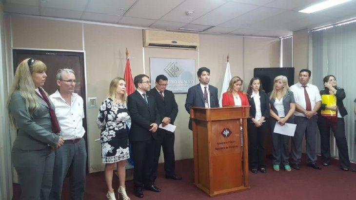 En una conferencia de prensa anunciaron el proceso de cierre de 12 sedes fiscales ante falta de presupuesto.