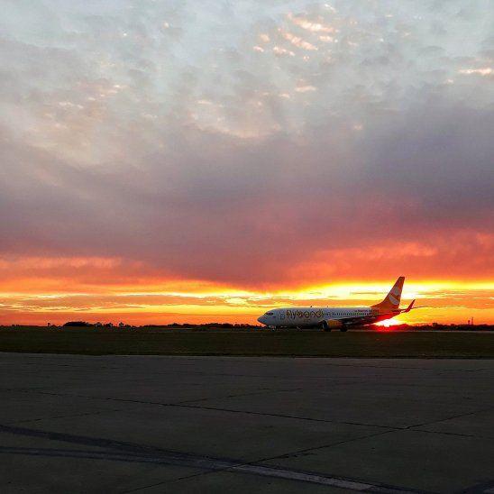 Los vuelos a bajo costo de Flybondi comenzarán en diciembre de este año.
