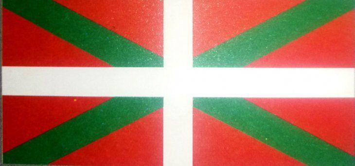 Colores locales. Bandera de la Casa Vasca en Paraguay