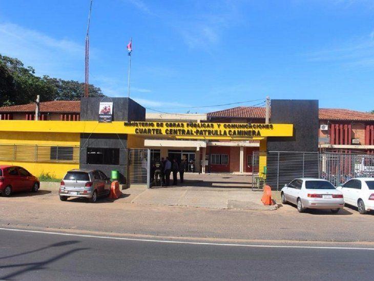Ante carencias del hospital regional, Gobernación hace limpieza y arreglos