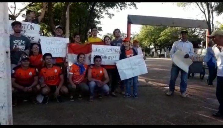 Dejan en libertad a jóvenes detenidos en manifestación contra Alejandro Urbieta