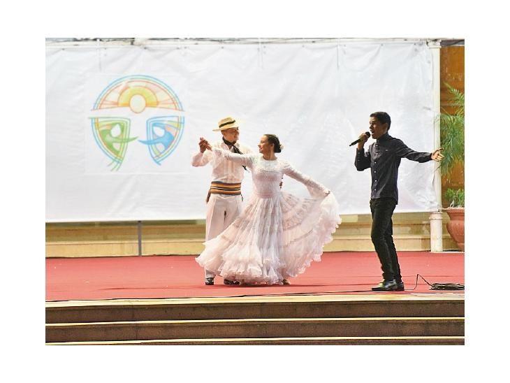 Talentos. Música y danza para la  Patrona de los católicos.