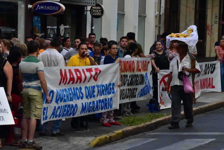 Nacionales: Paraguay ratifica adhesión al Pacto Migratorio