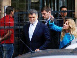 Hermano del presidente. Gianfranco Macri al salir de  los tribunales,  donde respondió sobre sospechas de corrupción.