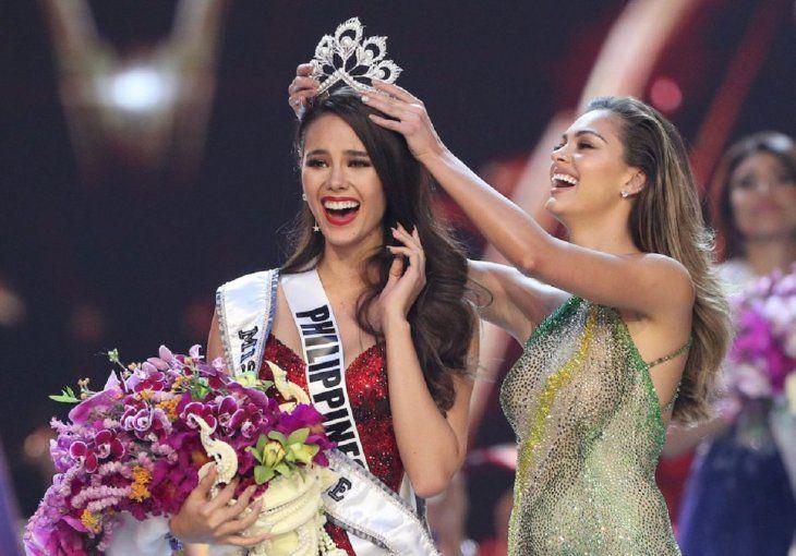 Catriona Gray da a Filipinas su cuarta corona de Miss Universo.