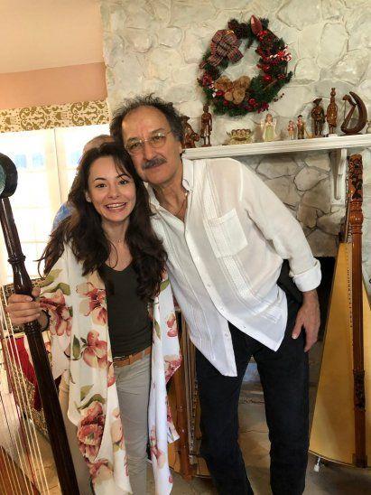 Además de canciones navideñas e internacionales, se destacará la música paraguaya.