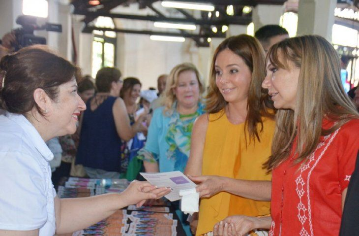 Campaña. La primera dama Silvana Abdo y la ministra Carla Bacigalupo