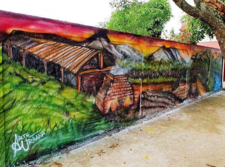 Historia. Las diferentes etapas que caracterizaron a la ciudad en diferentes épocas se exponen a través de las pinturas.