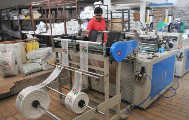 La industria del plástico es un sector en auge en el Paraguay. Imagen de referencia.