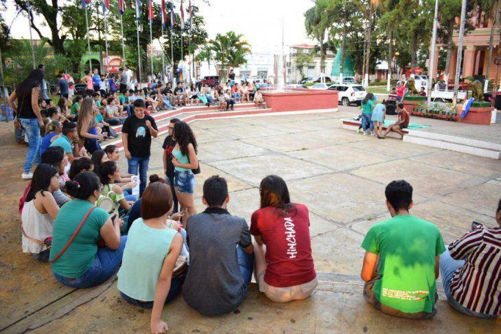 Jóvenes de diferentes distritos de Guairá se reunieron en Villarrica contra la deforestación.