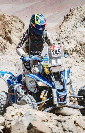 Todo. Nelson Sanabria intentó todo en el Dakar, pero no pudo subir al podio de ganadores; gran mérito al completar la dura prueba.