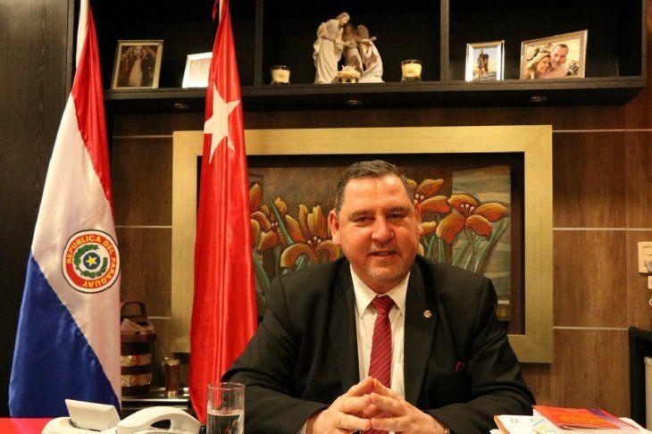 El senador cartista Javier Zacarías Irún.