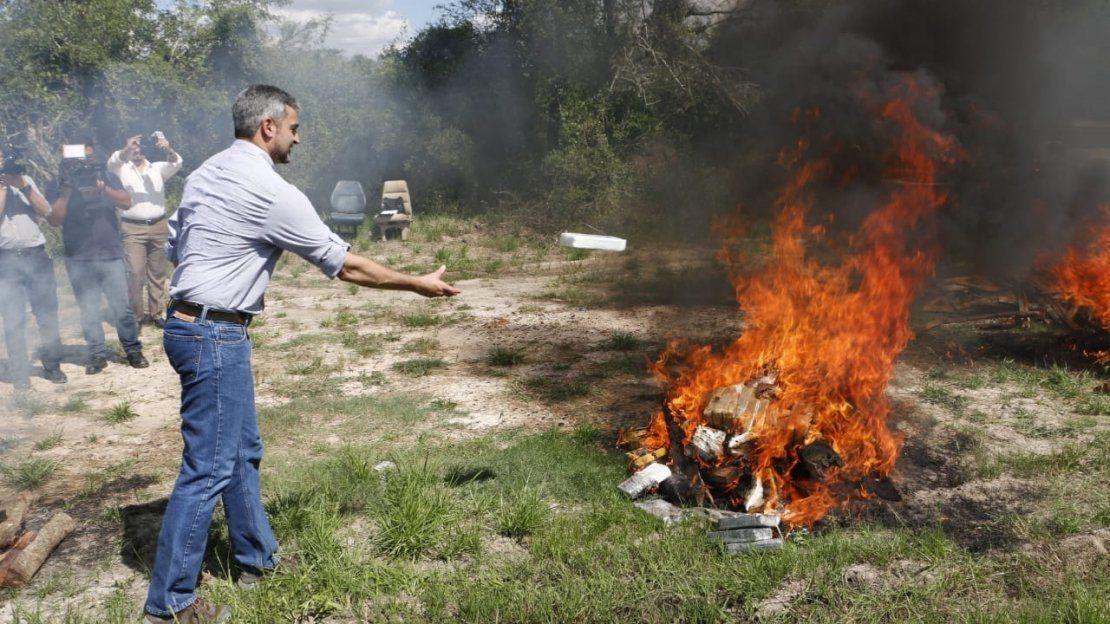 Incineran 2.199 kilos de cocaína en Chacoi