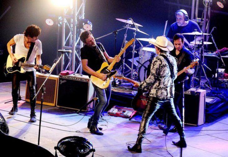 Desde Argentina. El grupo de rock Guasones posee veinte años de trayectoria.