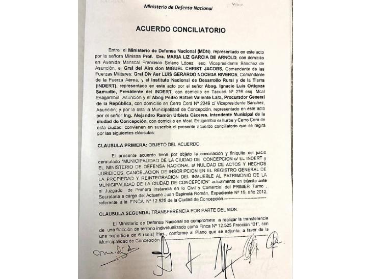 Documento.  La Junta supuestamente no aprobó ningún acuerdo entre Concepción y el Ministerio de Defensa.