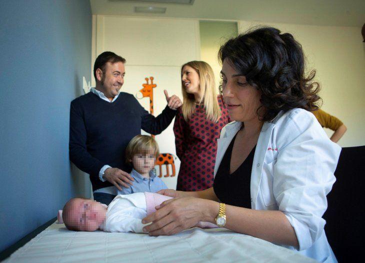 La pequeña María nació en su semana número 30