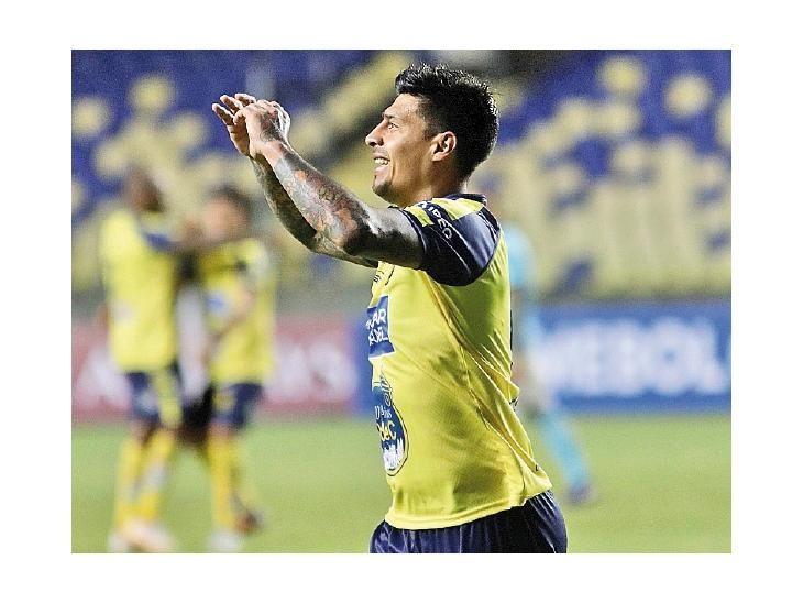 El Sporting Cristal peruano cede a Alexander Succar al Huachipato chileno