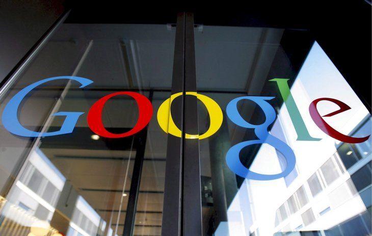 Bruselas le sanciona con 1.490 millones por posición dominante — Multa a Google