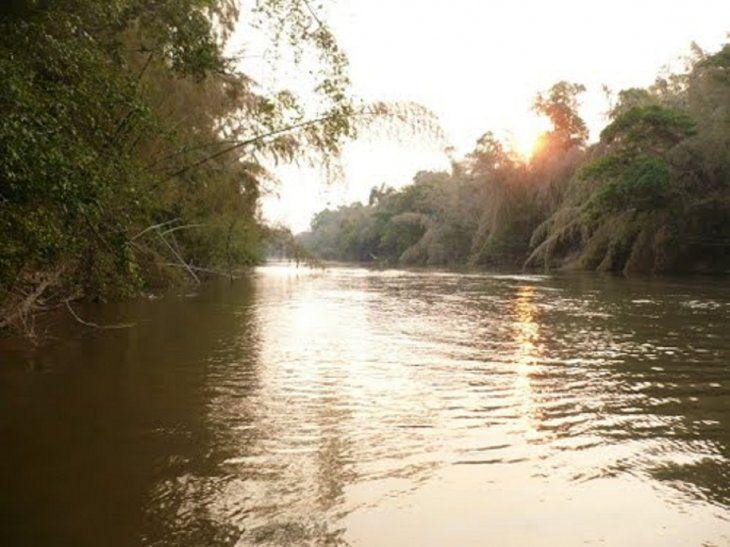 Senadores aprueban construcción de un Puente Internacional sobre el río Apa.