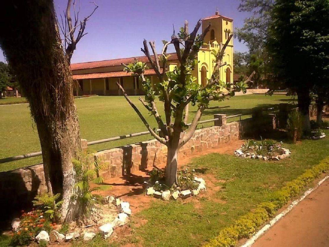 Autoridades acuerdan utilizar adoquines en centro histórico de Quyquyhó