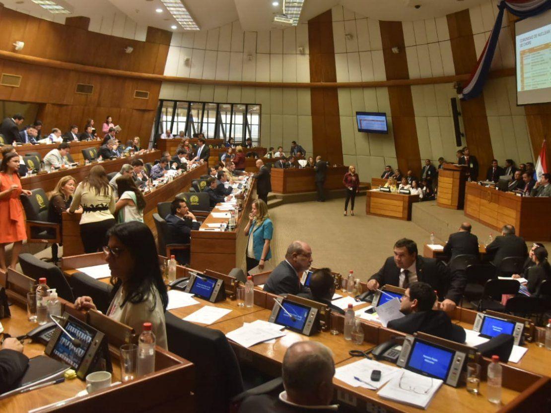 Diputados piden al Gobierno respuestas para problemas sociales