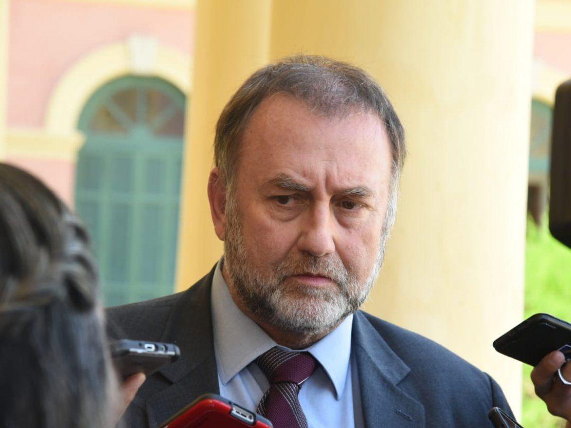 Benigno López dice que impuestos no alcanzan para pagar deuda campesina