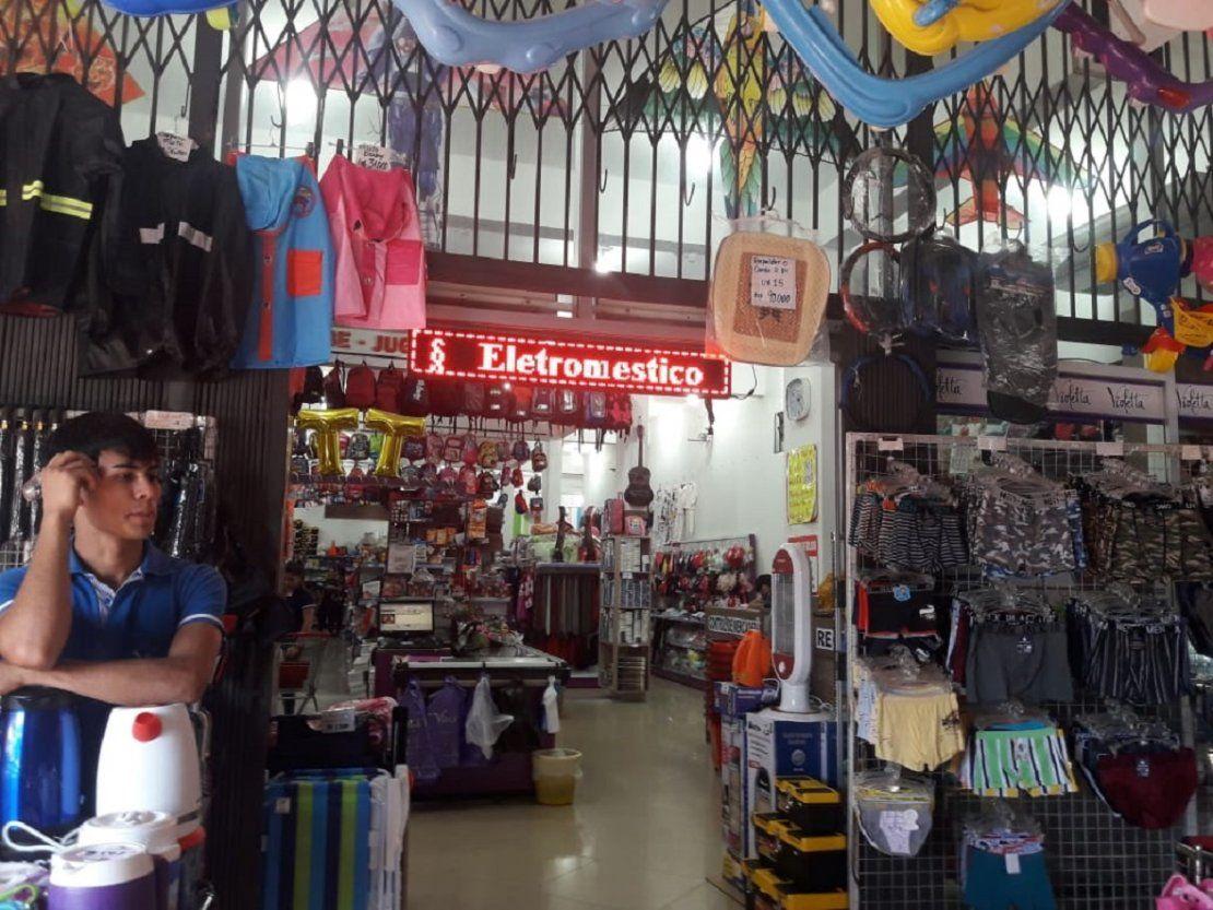 Intervienen comercios tras denuncias de maltrato laboral en Encarnación