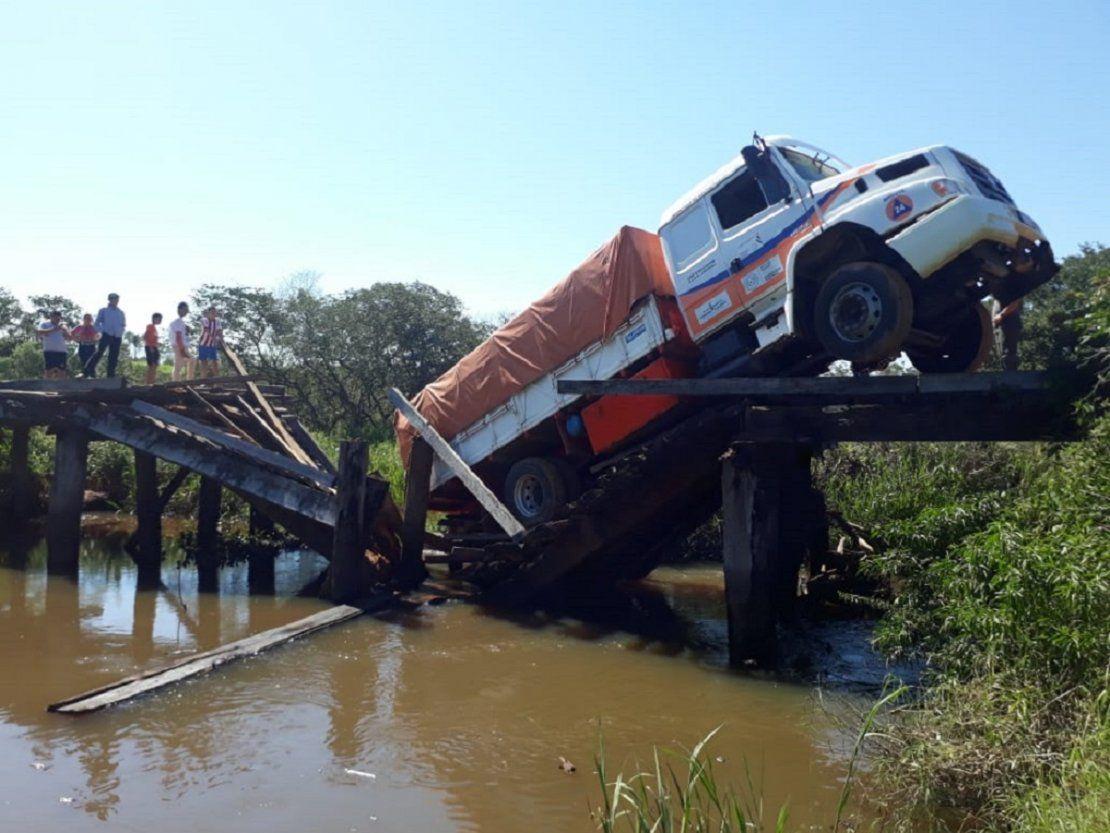Desplome de puente afecta a cinco comunidades en Canindeyú