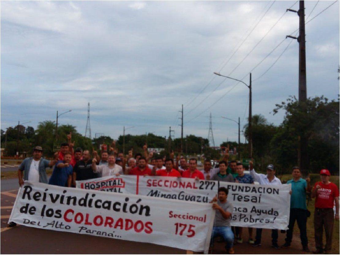 Seccionaleros exigen más contratos para colorados en Itaipú
