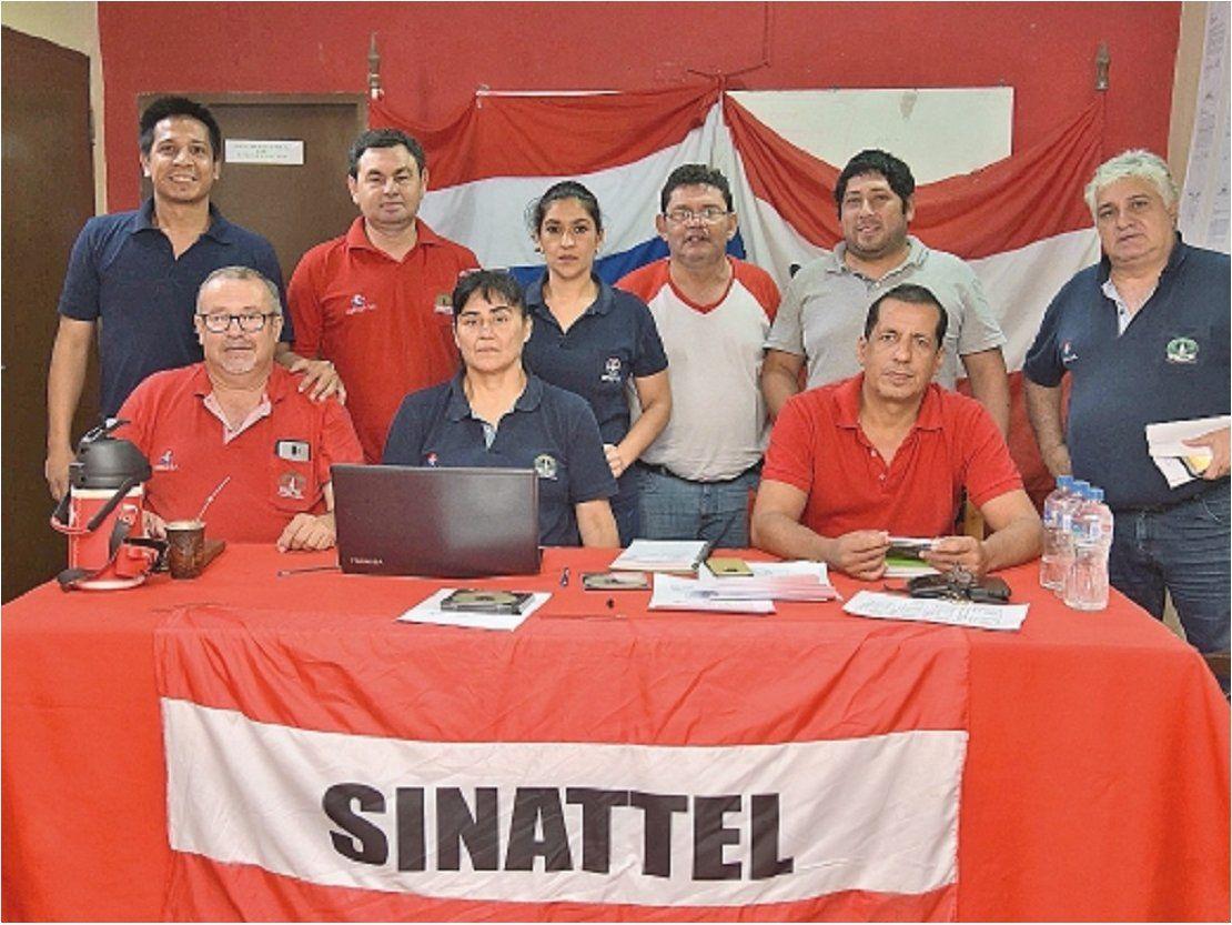 Sinattel pide renuncia al titular de Copaco y anuncia huelga